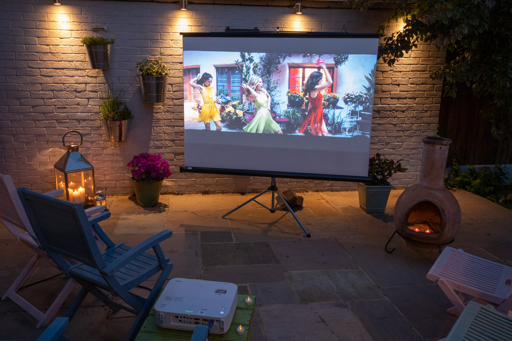 Creating an outdoor cinema in your garden – the techy bit